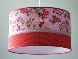 kinderlamp roze vlinders en rood stipje