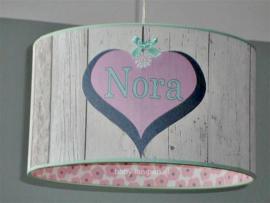 Lamp kinderkamer roze en steigerhout