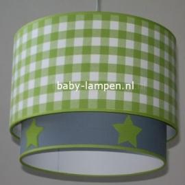 Kinderlamp dubbele lampenkap limegroen ruiten en effen grijs met groene vilten sterren