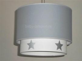 Kinderlamp dubbele lampenkap lichtgrijs wit zilveren sterren