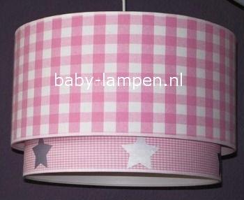 Kinderlamp dubbele lampenkap roze ruitjes en zilveren sterren