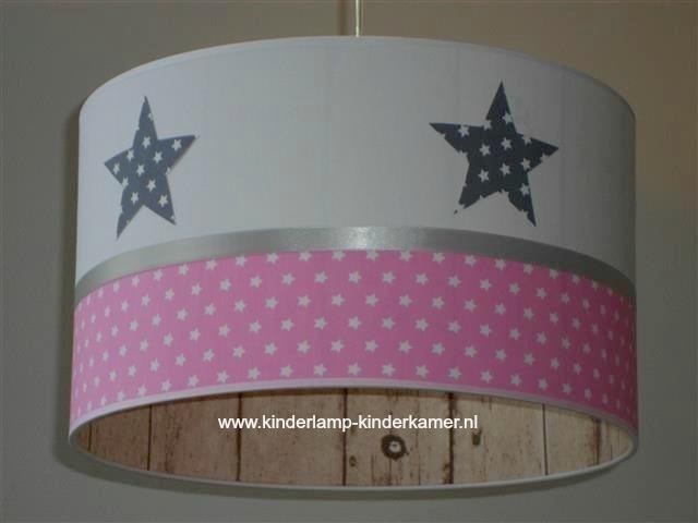Kinderlamp grijze sterren roze sterren steigerhout
