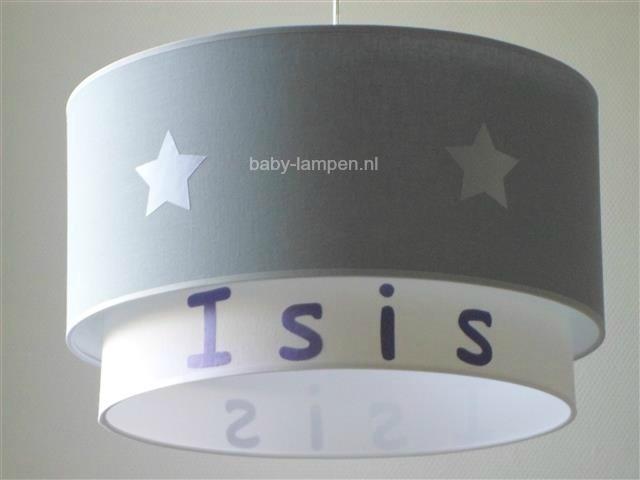 kinderlamp dubbele lampenkap lichtgrijs met zilveren sterren effen wit met paarse naam