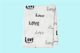 Lulujo swaddle bamboo 120x120 - Love
