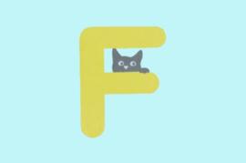 Houten letter F-decoratie kat-muur kinderkamer