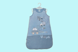 Just too cute babyslaapzak blauw met applicatie auto