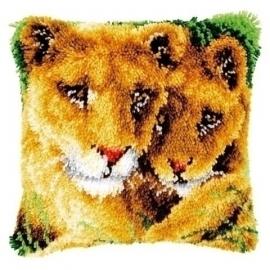 Knoopkussen 0147954 leeuwen  Levertijd 1 week