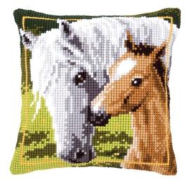 x-steek kussen 144668 Paard met veulen