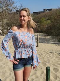 Off shoulder blouse ijsblauw