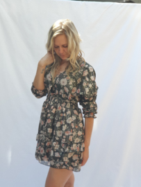 Korte jurk bloem