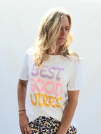 T shirt Vibes