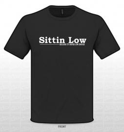 SITTIN LOW T-SHIRT ZWART ORIGINAL STYLE