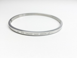 "Stainless Steel armband zilver dun ""Be happy and smile"""