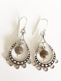 Labradoriet zilveren oorbellen