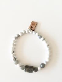 Armband Howliet en Labradoriet