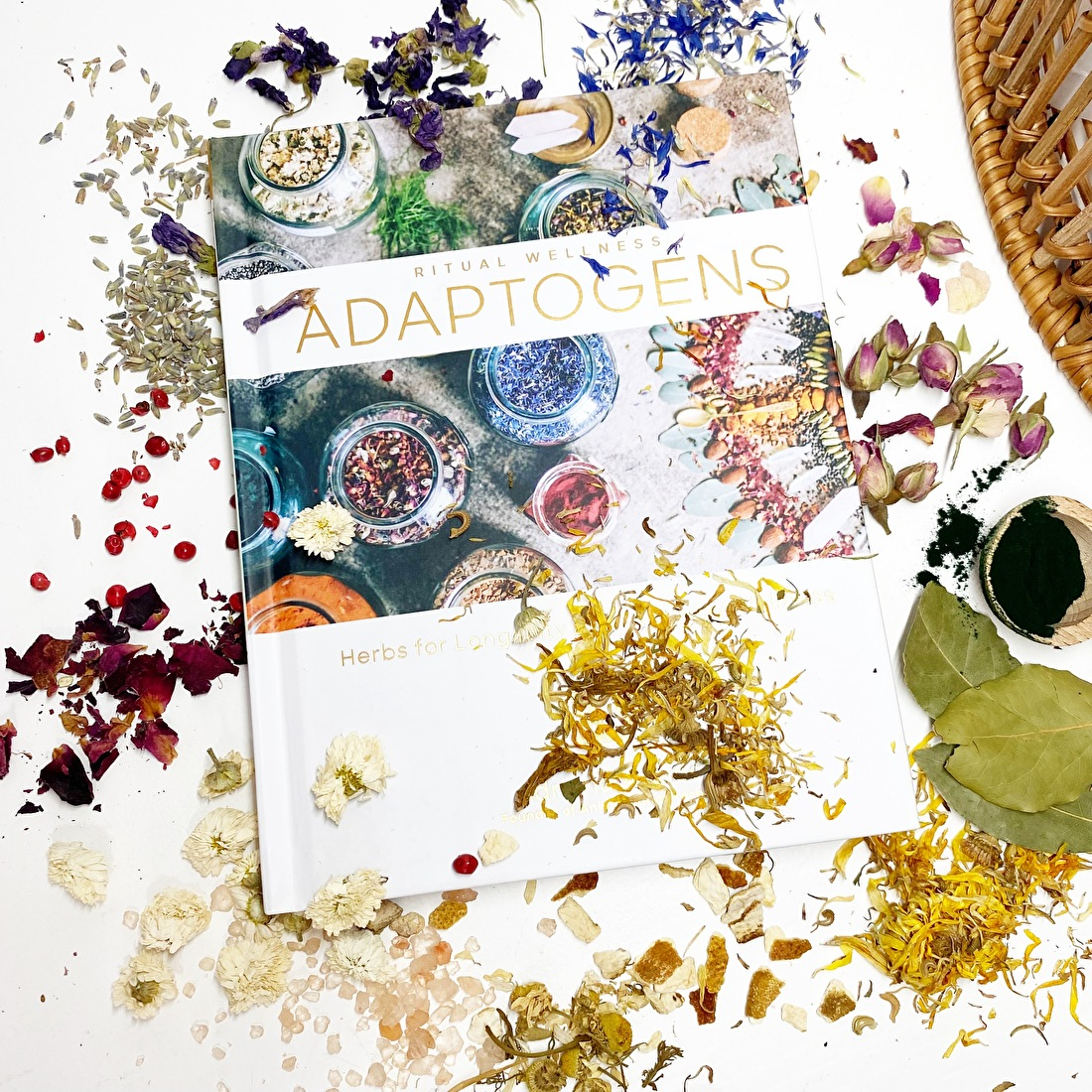 kruiden en bloemen rituelen heksen magie maan
