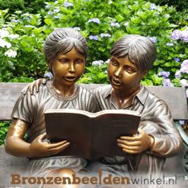 """Bronzen tuinbeeld """"Lezende kinderen"""" BBW749"""
