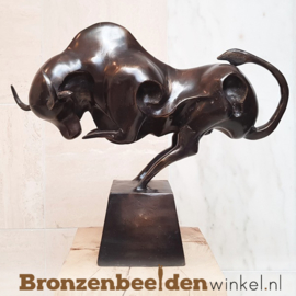 BLACK FRIDAY | Bronzen abstracte stier beeld BBWFHST01
