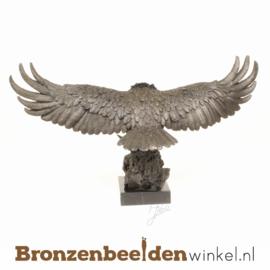 Bronzen adelaar beeld BBWbr10