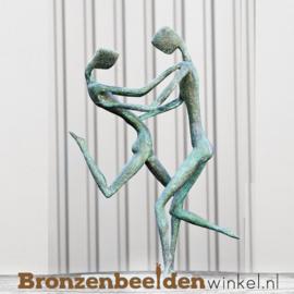 "Bronzen ""Dansend Koppel"" tuinbeeld BBW52847br"