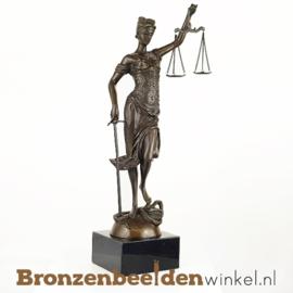 Beeld Vrouwe Justitia van brons BBW008br12