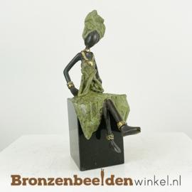 """Afrikaans beeld """"Nuru op sokkel"""" 18 cm BBW009br38"""