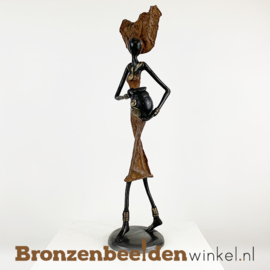 """Afrikaans beeld """"Dierbaar"""" 35 cm BBW009br23"""