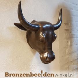 Bronzen stierenkop voor aan de muur