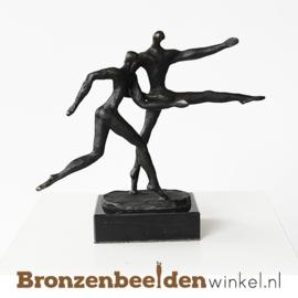 """Zakelijk beeldje """"De sprong wagen"""" BBW003br22"""