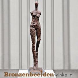 Tuinbeeld moderne vrouw BBW52226br