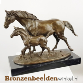Beeld paard met veulen BBWBMbr68