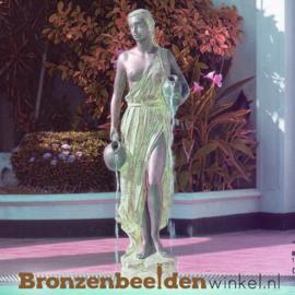 """Zwembad beeld """"Vrouw met kruiken"""" BBWR88160"""