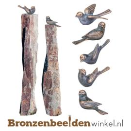 Tuinbeeld vogeltjes op twee leisteen zuilen BBW80009