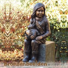 Meisje met teddy als tuinbeeld BBW1134-1