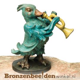 Beeld eend met trompet in brons BBW87532