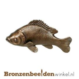 Dierenbeeldje baars vis van brons BBWP4367