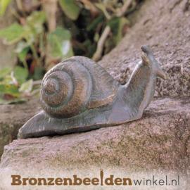 Beeld slak in brons BBW88043