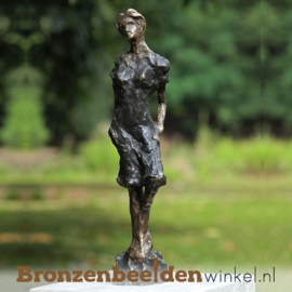 """Bronzen tuinbeeld """"De Moderne Vrouw"""" BBW1048"""