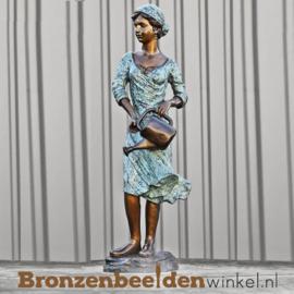 Bronzen fontein Vrouw met Gieter BBW8015