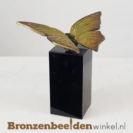 Vlinder beeldje op sokkel BBW1824os
