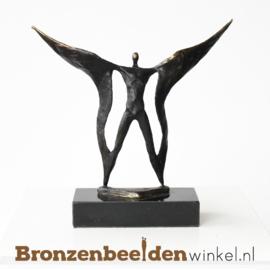 """Zakelijk beeldje """"Vleugels uitslaan"""" BBW006br61"""