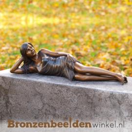 "Bronzen tuinbeeld ""Liggend meisje"" BBW1083"
