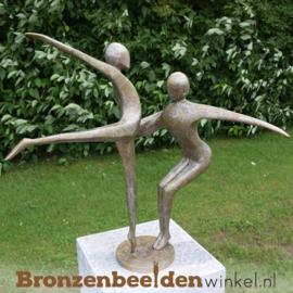 """Bronzen """"Swingend Danspaar"""" tuinbeeld BBW0361br"""