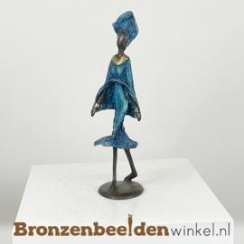 """Afrikaans beeld """"Modieus"""" 26 cm BBW009br15"""