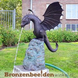 Bronzen draken beeld op rots BBWB679