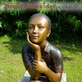 Zittend meisje als tuinbeeld BBW2207br