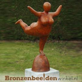 "Bronzen tuinbeeld ""Rode Dikke Dame"" BBWB8778"