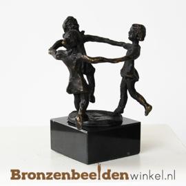 """Beeldje """"Spelende kinderen"""" BBW005br75"""