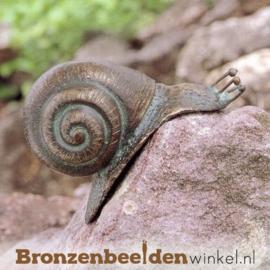 Beeld slak in brons BBW88009