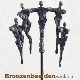"""Groot jubileumgeschenk """"Samen in balans"""" op kunsthars sokkel BBW005br68sb"""